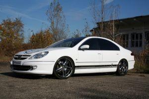 480 Peugeot 607 Vollverklebung + Design