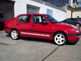 468 VW Vento Motorhaubendesign