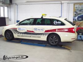 427 Taxi Skoda Superb Designverklebung