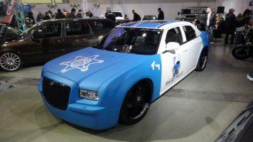 420 Chrysler 300c im Police-Style beklebt.Türen komplett mit Digitaldruck foliert.