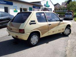 499 Peugeot 205 Vollverklebung
